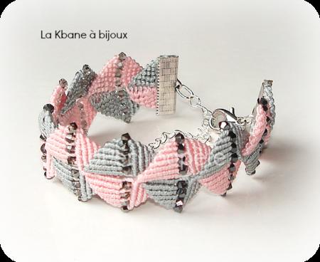 bracelet petits carrés du script1