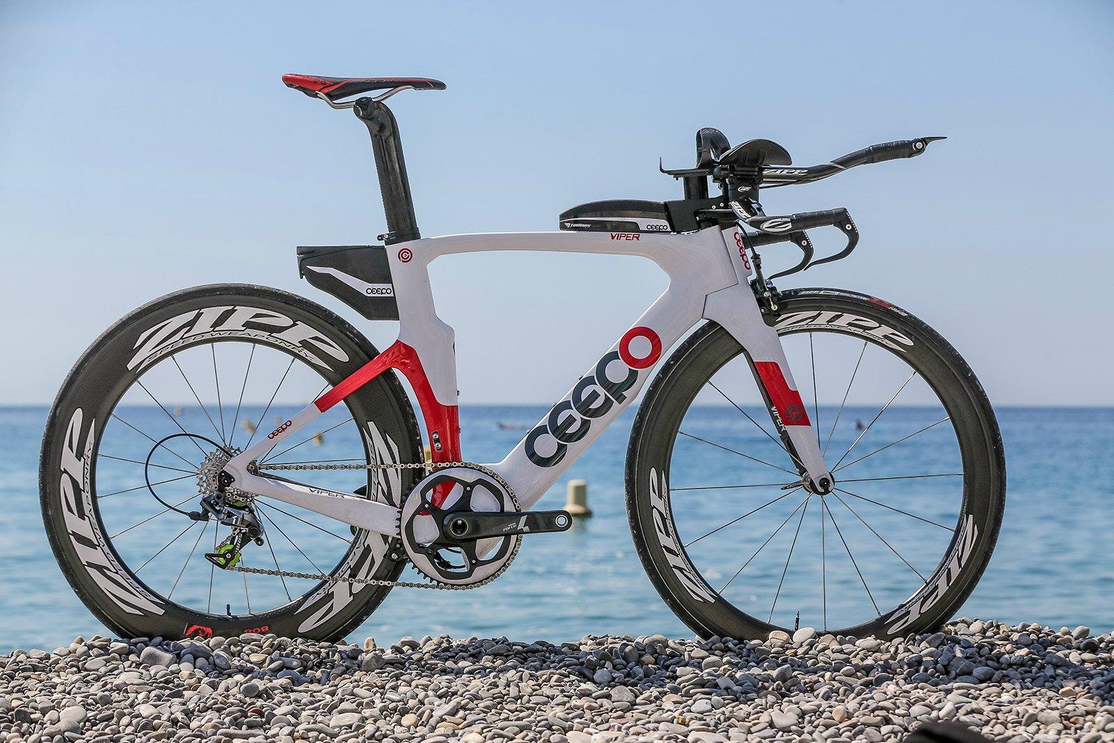 CEEPO: cadres carbone triathlon