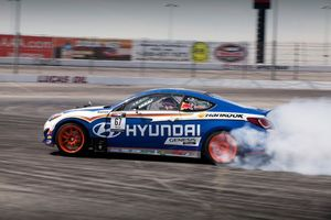 08-2013-rmr-genesis-coupe-drift-car