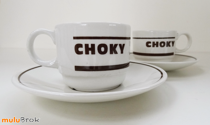 vaisselle pub tasses choky o70 churchill england mulubrok brocante en ligne. Black Bedroom Furniture Sets. Home Design Ideas