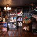Au rez-de-chaussée : la boutique