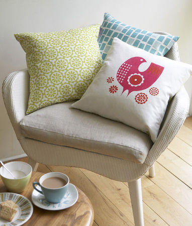 cushions_pinkbird_aqua_windows_on_chair_72dpi