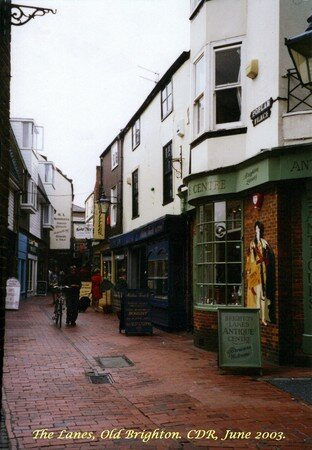 Brighton__the_Lanes