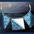 Collier 3 carrés multi bleu marine