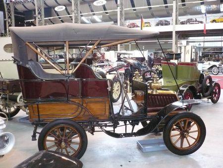 DE DION BOUTON 8CV la Populaire 1906 Bruxelles Autoworld (2)