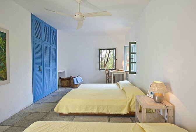 modern_vacation_rentals_paros_greece_0191