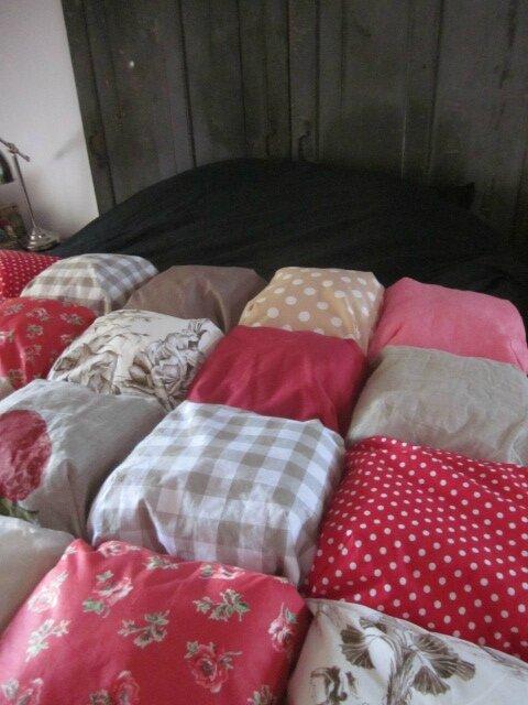 EDREDON 20 coussins en coton et lin rouge et beige (2)