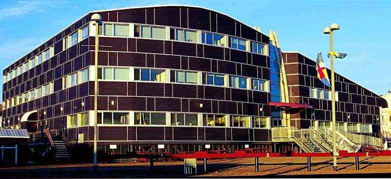2001-Assemblee du Nunavut