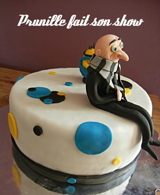 despicable fondant cake prunillefee