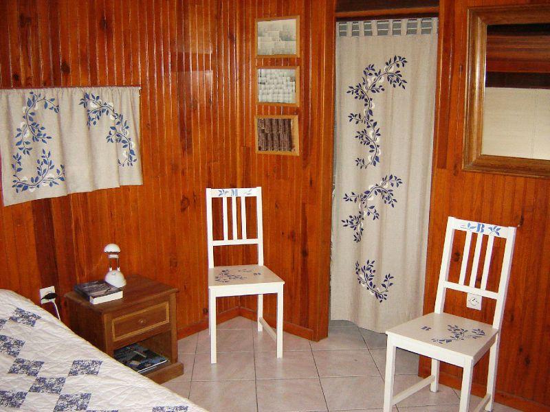Rideau elostoff blanc et bleu pochoir sticker photo de - Rideau blanc et bleu ...