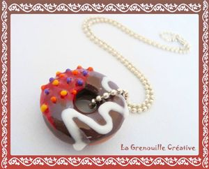 Collier donuts choco cerise (2)