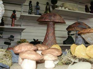 champignons,expo,sculpture,caramique,argile,terre,grès,céramique,céramiste,déco,cadeau,exterieur,émaux,oxyde,gel,jardin,porcelaine, (18)