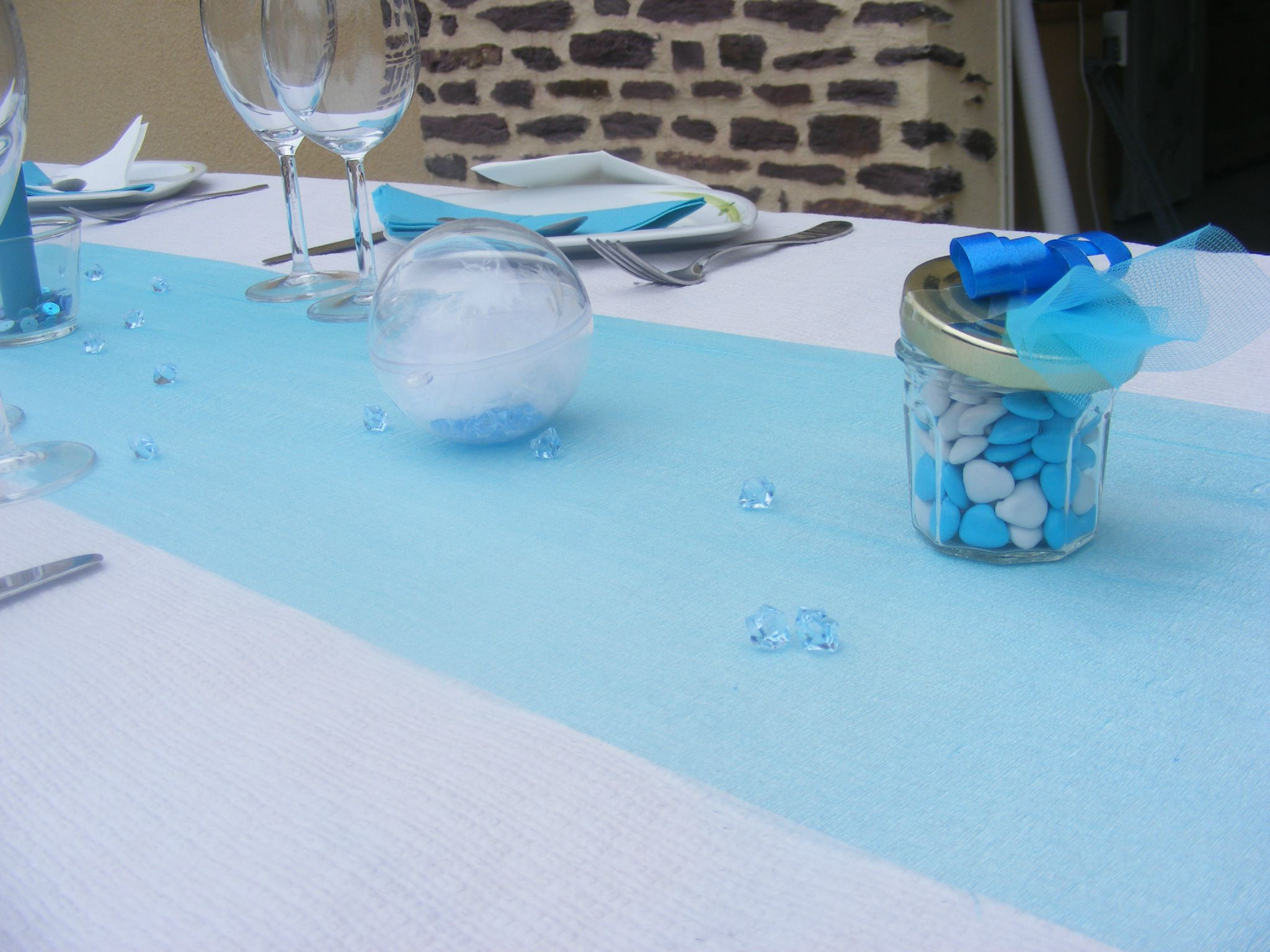 Sweet table bleu blanc la r alisation finale les for Decoration de table bleu