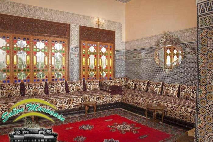Salon ameublement et d coration par un salon marocain for Salon marocain bleu roi