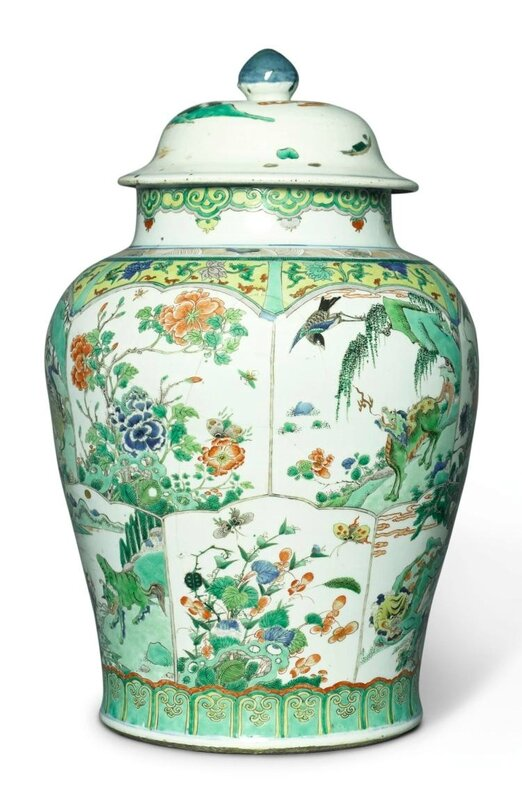 A large famille-verte baluster jar and a cover, Qing dynasty, Kangxi period (1662-1722)