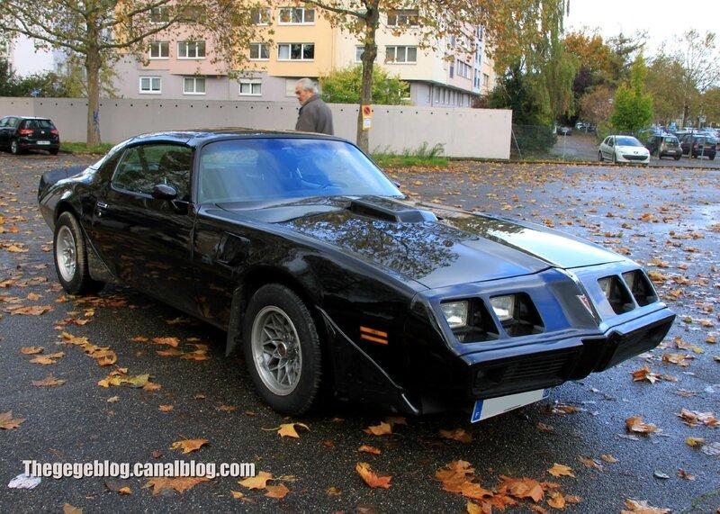 Pontiac trans am de 1979(Retrorencard novembre 2013) 01