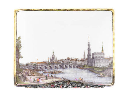 A_magnificent_Meissen_gold_mounted_Royal_snuff_box_made_for_Augustus_III__Elector_of_Saxony_and_King_of_Poland__circa_17552