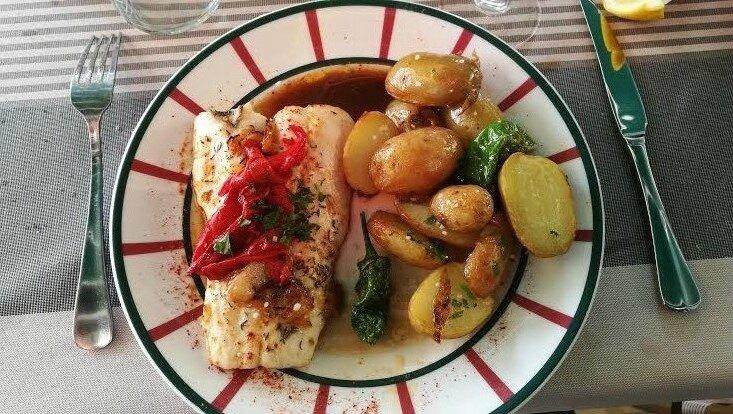 Socoa, filet de merlu à l'espagnole (64)
