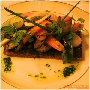 Tarte fine et sa moutarde violette accompagnée de sa sélection de légumes du moment (1)
