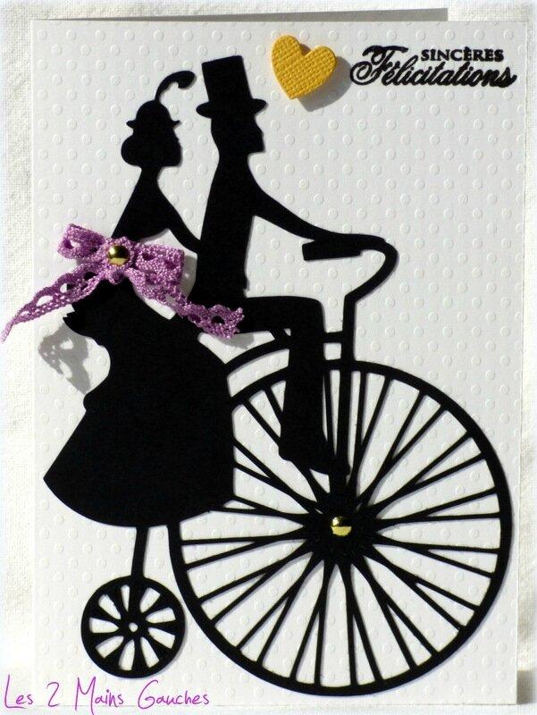 carte de félicitations de mariage avec couple rétro sur vélo