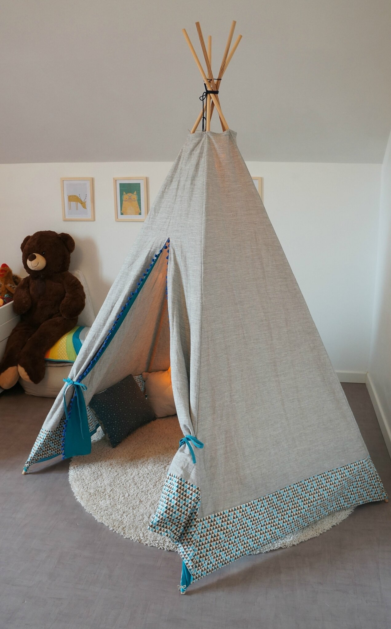 le tipi et la d co de la chambre de louison les chiffonneries du chat. Black Bedroom Furniture Sets. Home Design Ideas