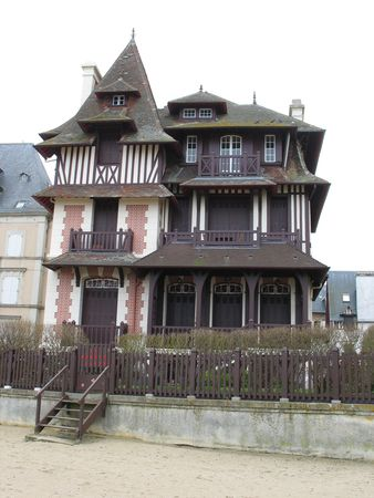Trouville_villa1