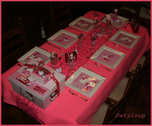 déco de table hello kitty #3