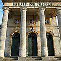 domfront-cité-médiévale-orne-normandie-ancien-palais-de-justice