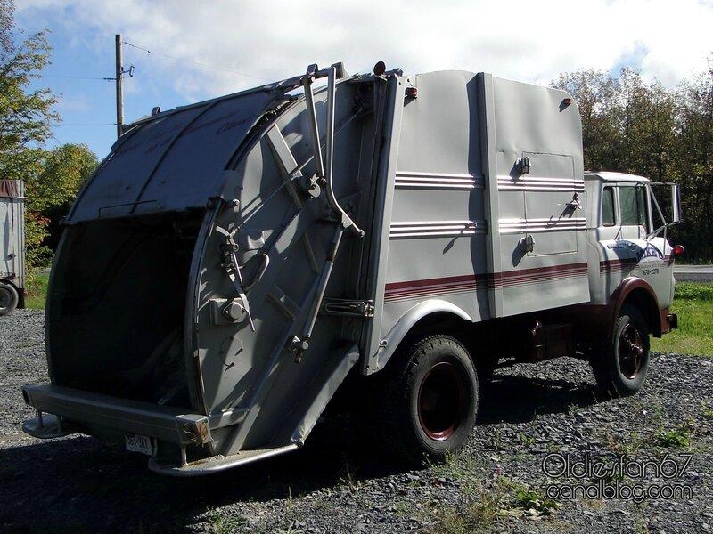 gmc-980-tilt-cab-garbage-truck-1960-1972-02