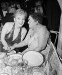 1957_04_11_ny_waldorf_astoria_bal_paris_013_with_elsa_maxwell_1