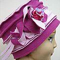 Chapeau rose à la rose