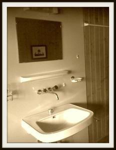 Rhodo lavabo