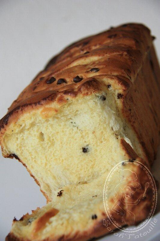 BRIOCHE FEUILLE CREME ET PEPITES DE CHOCOLAT 1