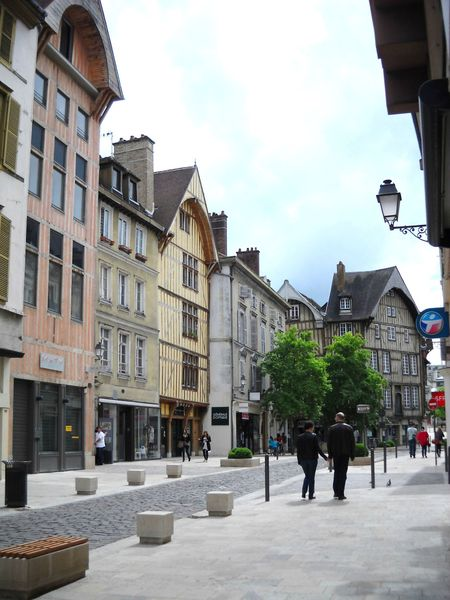 Troyes (24)
