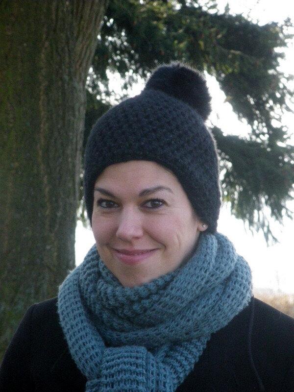 Bonnet noir porté (1)