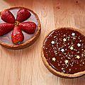 Tartelettes au strawberry curd & fraises au sirop d'érable