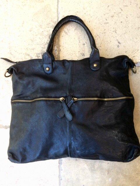 sac cuir façon D noir boutique Avant Après 29 rue Foch 34000 Montpellier