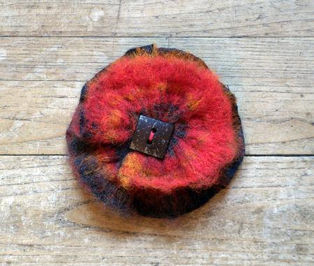 des plumes et des chas_ creations textiles_ piece unique_broche
