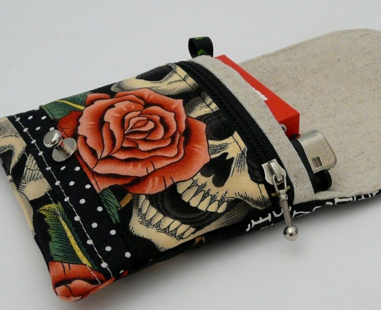 Mini ZIP Skull and Roses