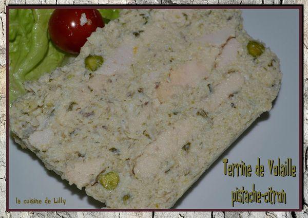 Terrine de volaille citron et pistache la cuisine de lilly - Petits plats pour grandes tablees pdf ...