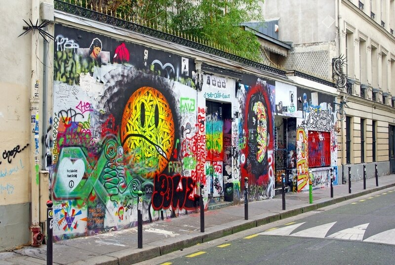 5bis-Rue-de-Verneuil-Paris-02-©-French-Moments