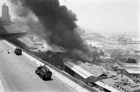 Incendie_des_cuves_sur_le_port_25_juin_1962_11