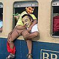 Achour et denisot en voyage ferroviaire