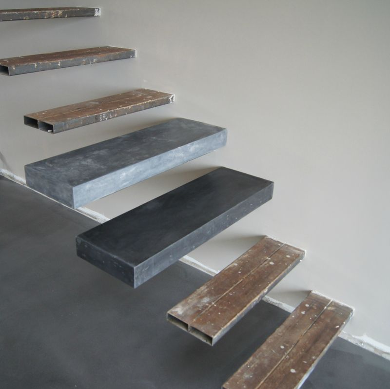 marches d 39 escalier en beton cir decoupe de marches d. Black Bedroom Furniture Sets. Home Design Ideas
