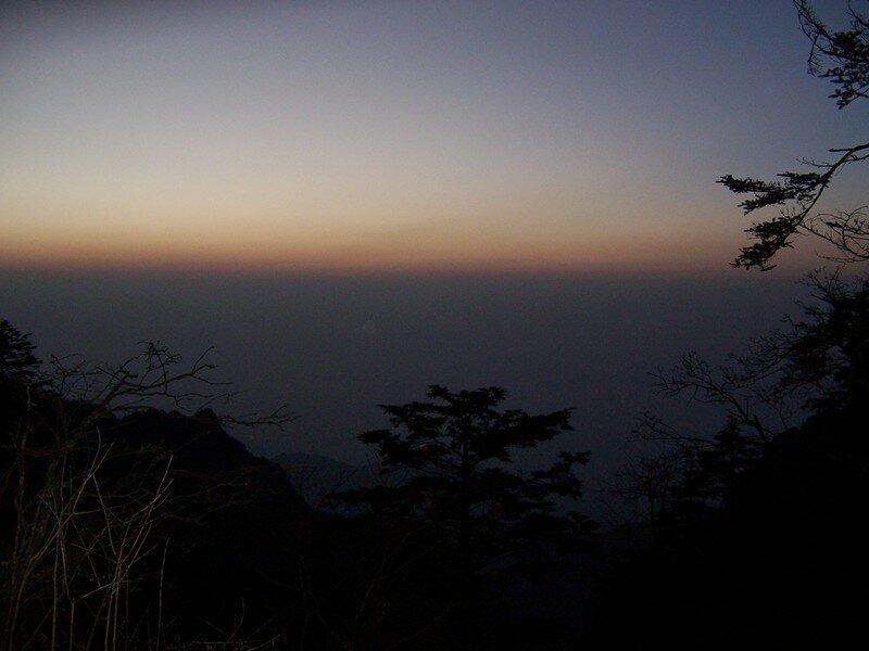 Lever de soleil sur EMeiShan