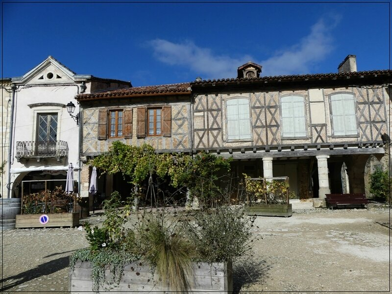 P1160146 Bastide d'Armagnac