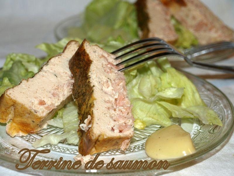 Terrine de saumon ultra facile citron et basilic chez lolie for Entree legere facile