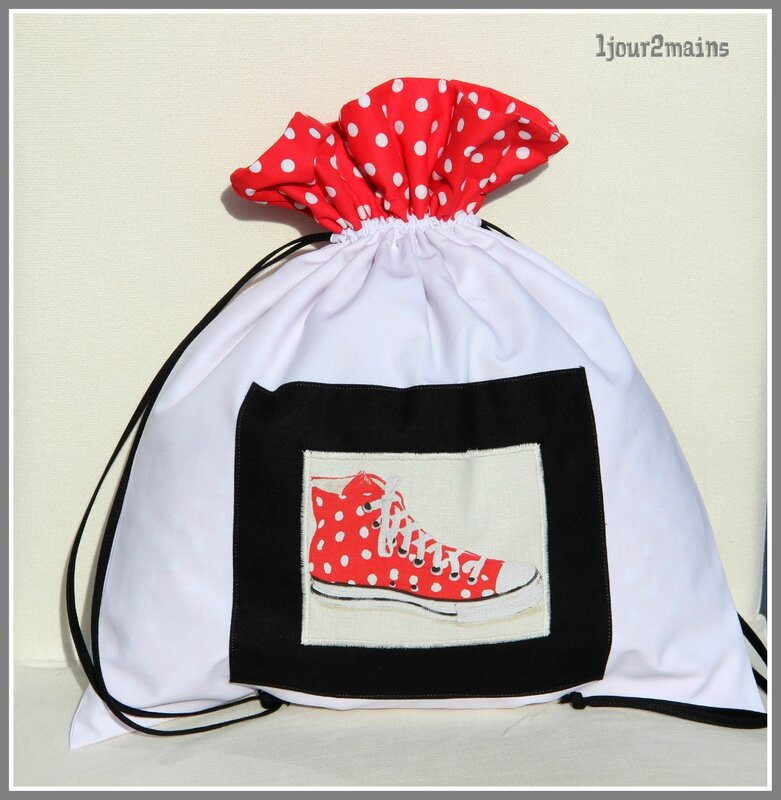 sac chaussures basket pois rouge