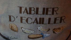 Tablier_d__cailler_marron_d_tail