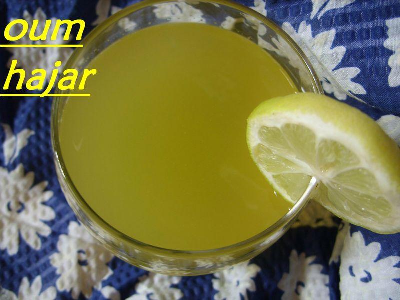 عصير الليمون 85895478.jpg